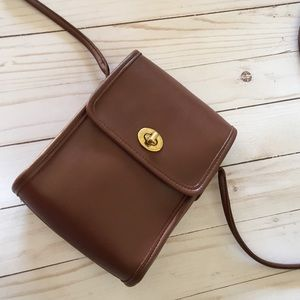 Vintage Coach Leather Scooter Bag in brown